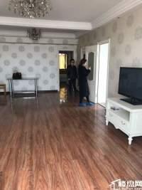 中宣街省政府奇升公寓 3室2厅2卫