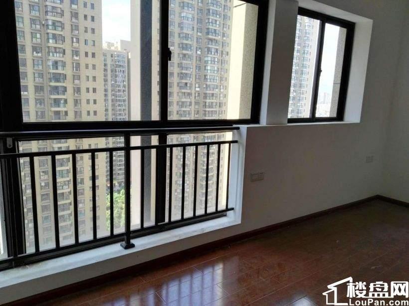 一环北京路昆明火车站云坊商业城旁公寓出售 可自动或投资
