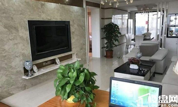 泉州晋江。均价7500。永隆翡翠湾。79平三室海景房。低首付