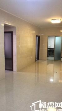 中骏四季花城 105万 3室2厅1卫 精装修低价出售,房主急售。