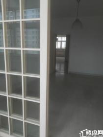园丁路两岸早教楼上4楼110平米2室2厅2001年房有证有地下室