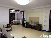 金茵1楼带小院 143平三室两厅 带地下室 车位 16年精装 165万