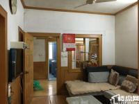 尧石二村 设施齐全 居家精装两房有院子 交通便利 紧邻学校有