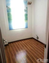 阳光华庭4室2厅1卫
