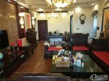 总价55万购沃尔玛附近精装三房 带50平方平台 家具家电齐全