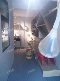 明华香峪兰溪 地铁口 低首 付 繁华地段两居室 外地客户可买