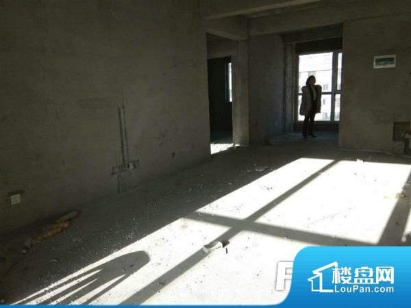 !!六合国际25层98平米 通厅落地窗35万议