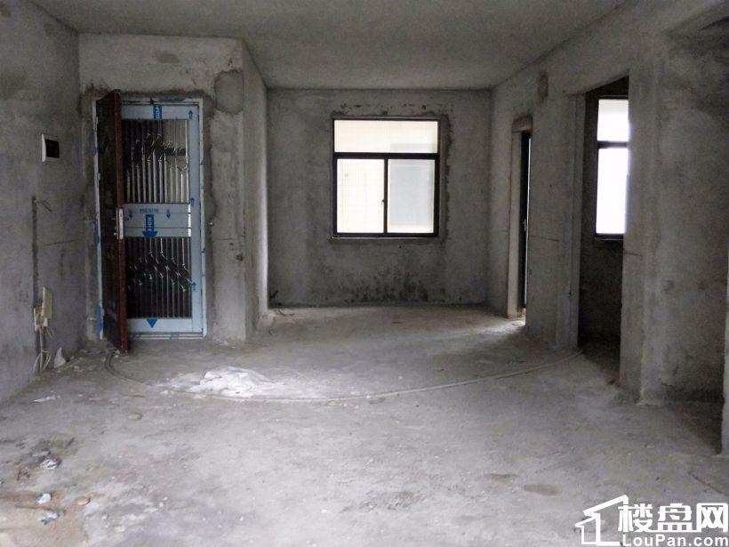 枫林水岸豪庭3室2厅2卫143平方97万