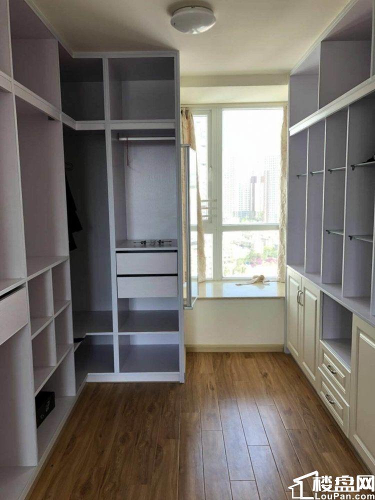 市区山水丽都,豪华精装3居室,房