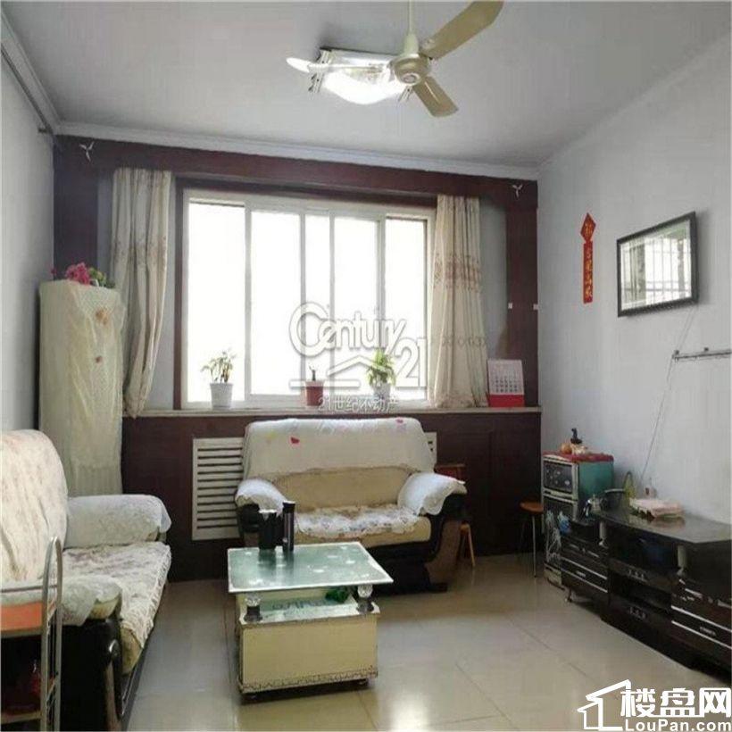 世纪花园 皇金2楼 带储藏  三室户型 可贷款 预约看房