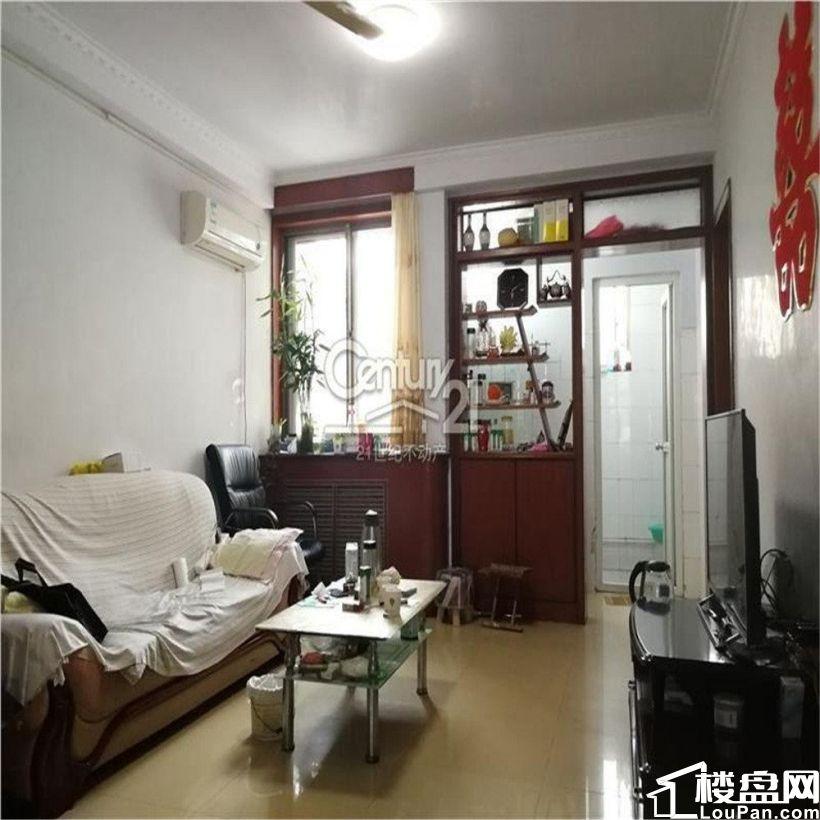 世纪花园 次顶层 三室 可贷款 带储藏 预约看房 置换