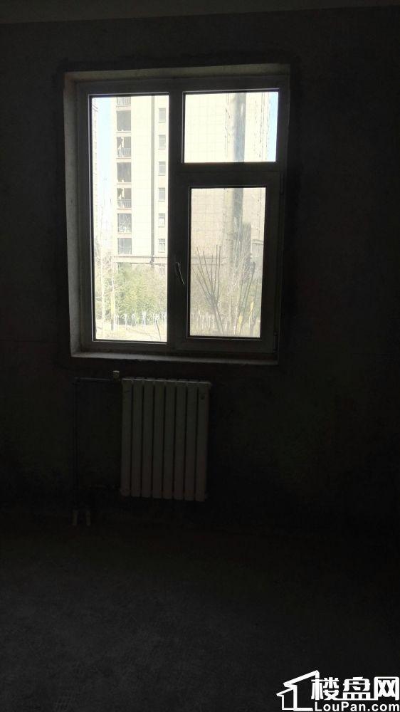 长江路西三环商品房3室2厅98平81万已含转让费一次性不贷款