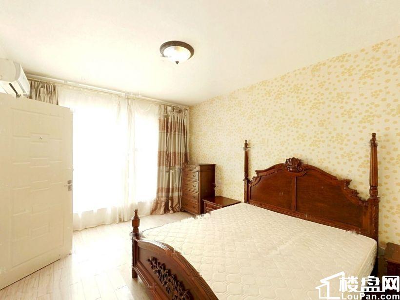 黄海城市花园 南厅南卧 高楼层 精装三居 诚意出售 价格可谈