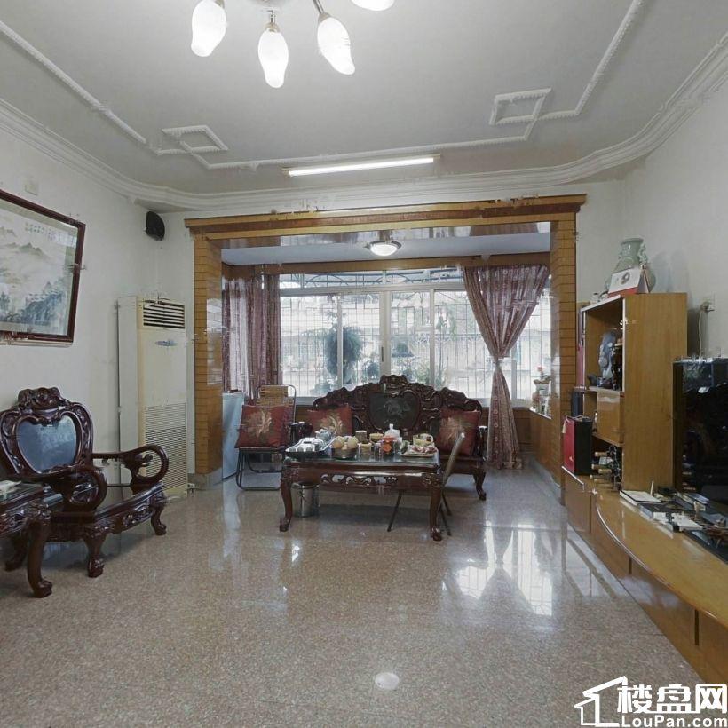 单价8800买东浦头瑞京花园精修三房南北朝向视野俱佳