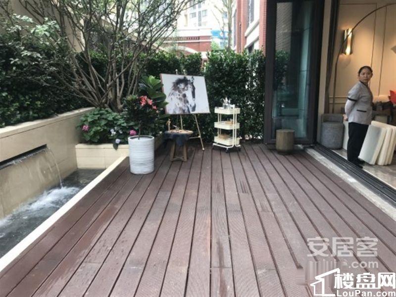 滨河联排别墅实得330平带私家花园大露台超低容积率