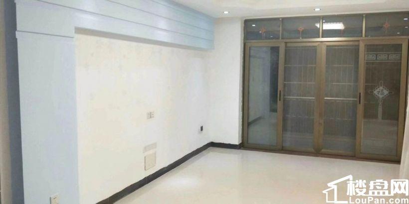 家具家电全齐 二中水岸新城 2500元 3室2厅2卫 精装修 拎包即住