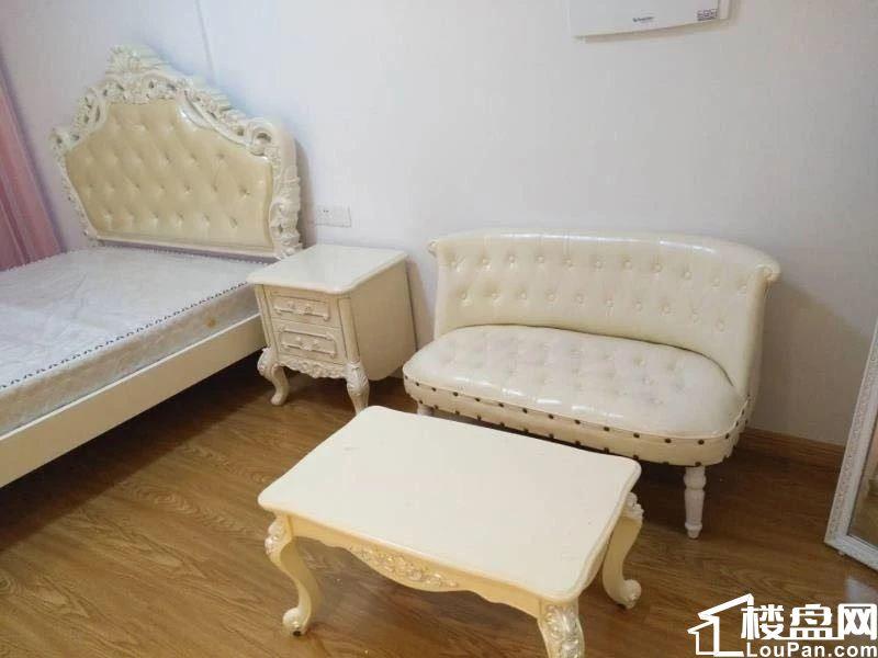 杨桥路柳桥星城国际精装独门独户单身公寓仅租1800元电梯房
