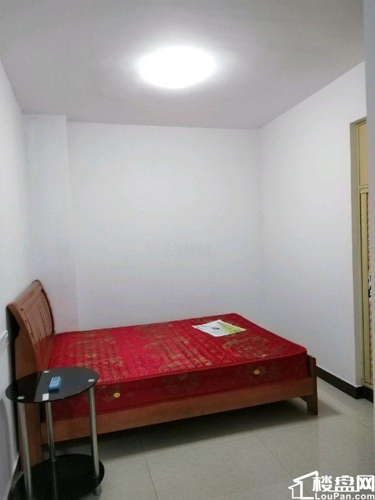 中航城 1室0厅1卫