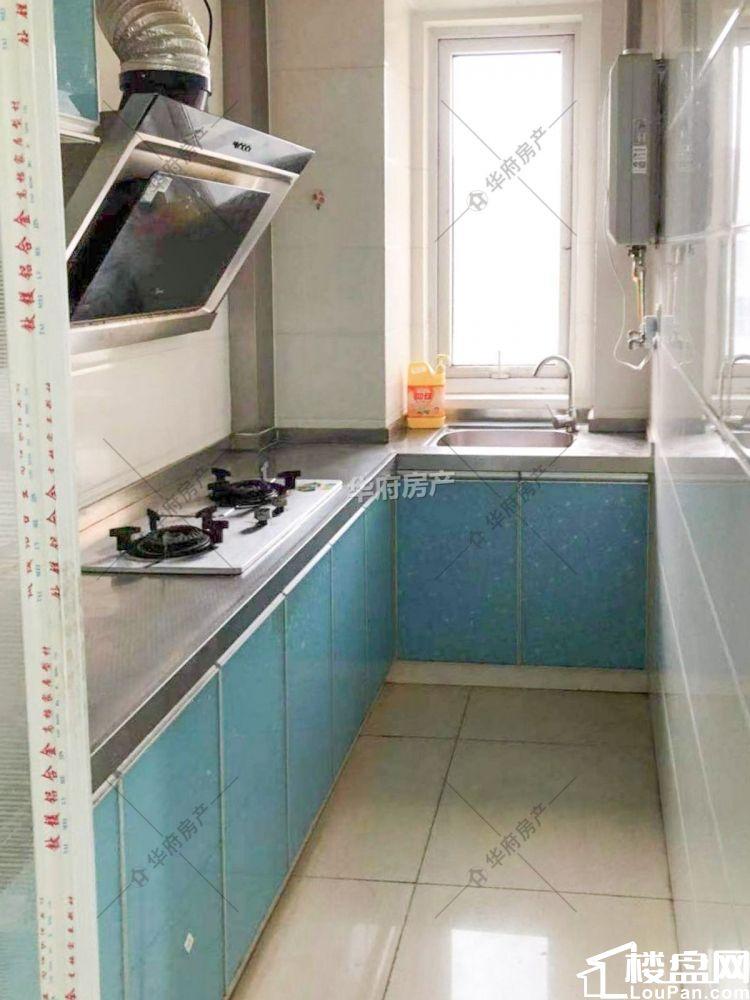 尧辰景园精装两室 设施可配齐好楼层 采光好价格可谈