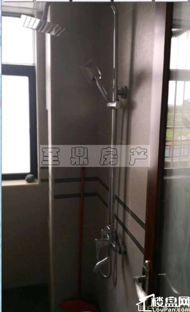 广汇圣湖城 1850元 2室2厅1卫 普通装修小区安静,低价出租