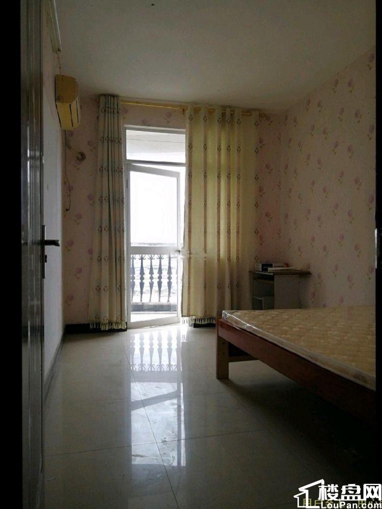 世纪花园南区 3室2厅2卫