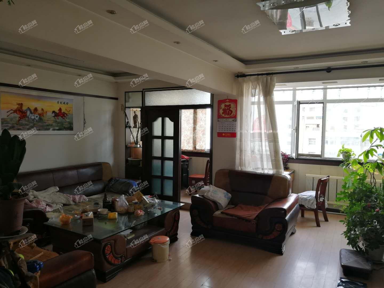 农民巷口东郊小学9楼2室2厅100平米框架结构产权房