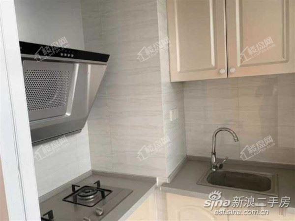 新房:特价武汉客厅 精装修拎包入住 外阳台 天燃气