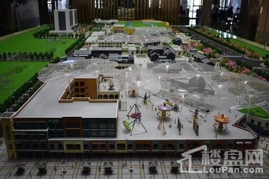 万达广场·欢乐小镇实景图