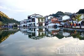 荣盛康旅野三坡国际度假区四季童话小镇