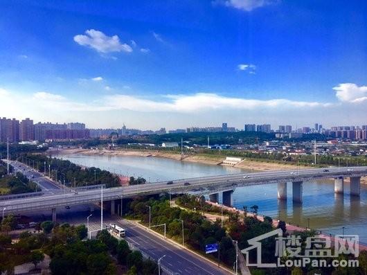红橡国际广场周边江景图
