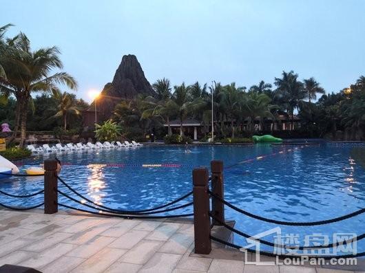 观澜湖·九里周边 观澜湖度假区成人泳池区