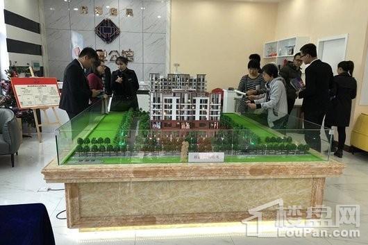 鸿悦公馆营销中心