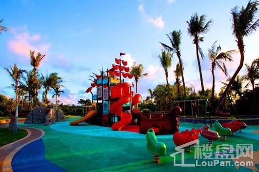 碧桂园椰城小区儿童游乐场