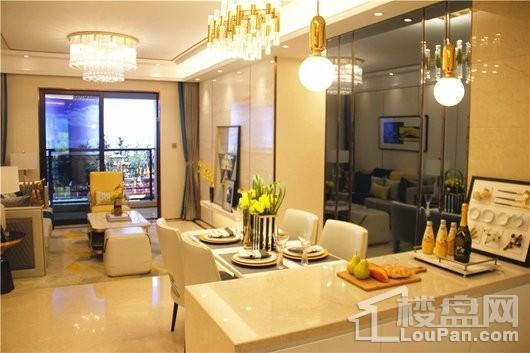 龙湖·春江郦城客厅