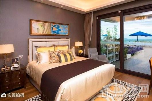 碧桂园·海上大都会海境户型卧室实景图