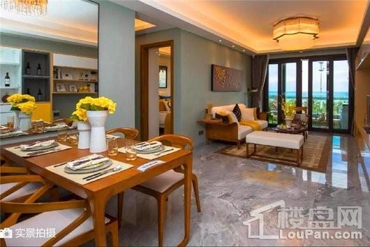 碧桂园·海上大都会海印户型客餐厅实景图