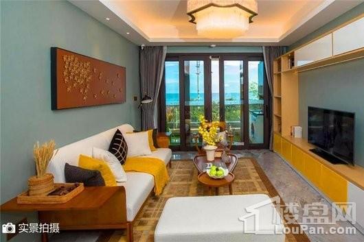 碧桂园·海上大都会海印户型客厅实景图