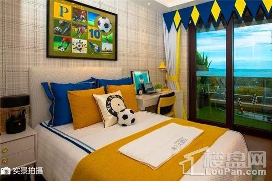 碧桂园·海上大都会海印户型卧室实景图