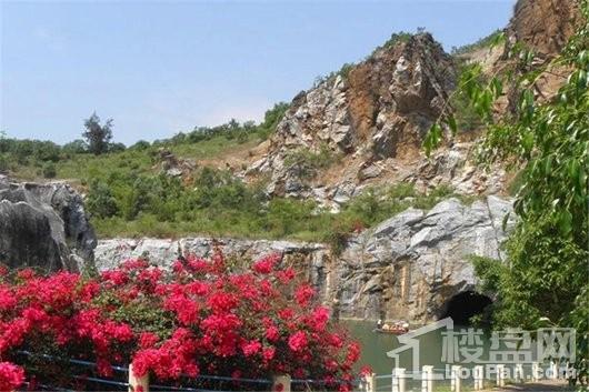 宝安山水龙城周边 八一石花水洞地质公园