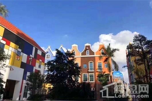 环球100宝龙城奇幻乐园建筑外观