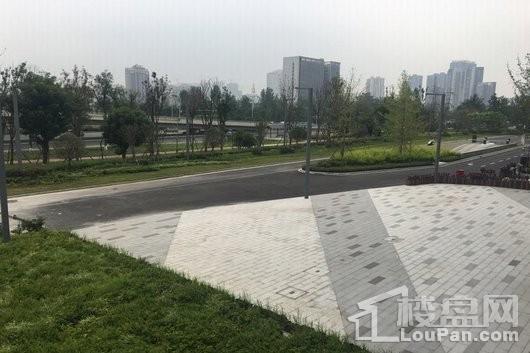 华侨城云岸实景图