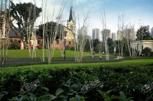 融创欧麓花园城商业实景图
