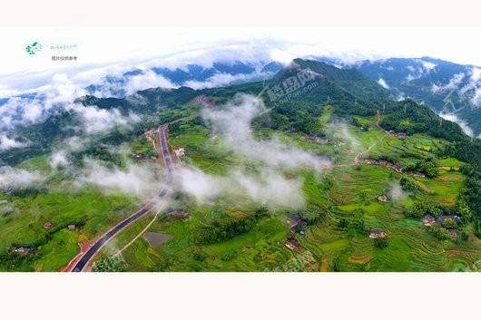 雲山小镇实景图