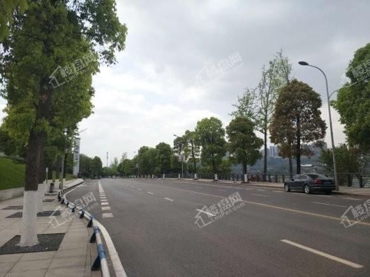 中国铁建·西派时代项目周边道路情况