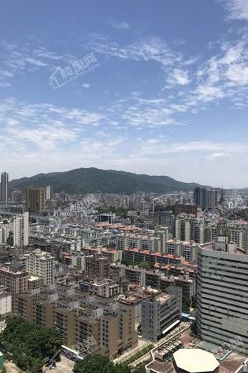 鸿荣源·壹成中心花园配套图