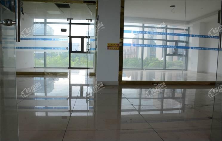 4栋A座 857m²简装生态独栋办公