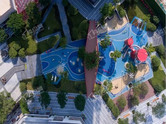 城市花园Ⅱ期小区游乐场