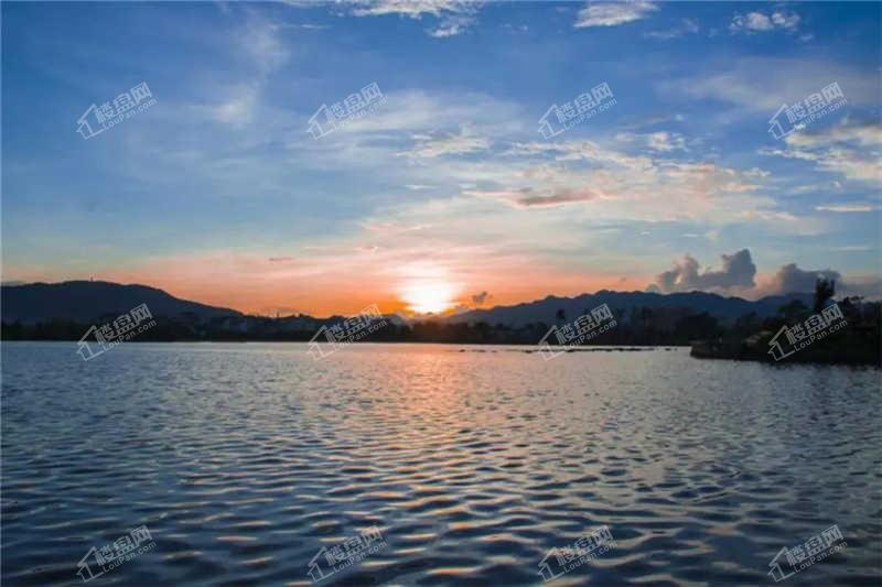 恒益·山语湖实景图
