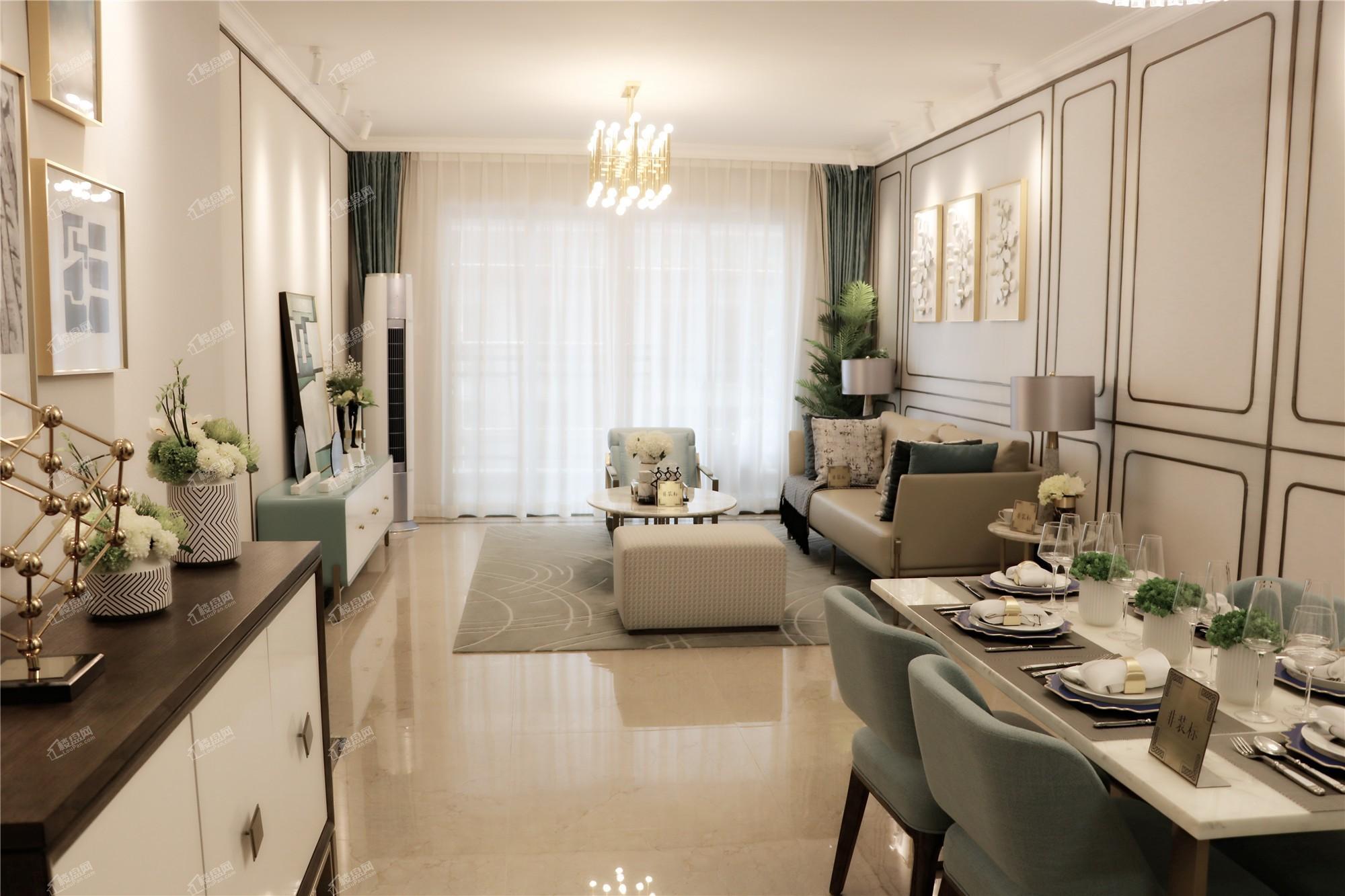 龙门馨园一期1、2、3号楼 A1、A2户型客厅