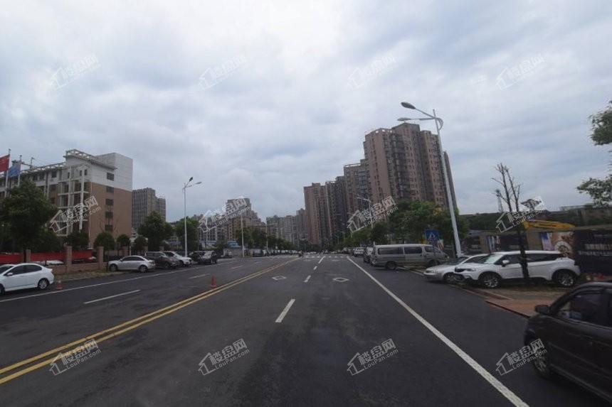 项目外马路
